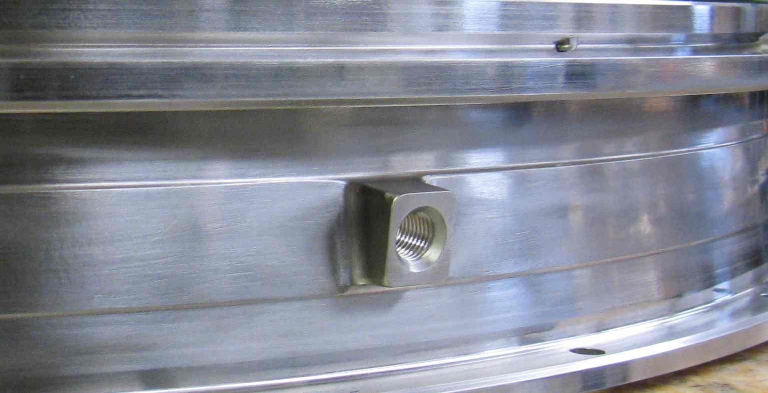 http://aerospaceconsultants.com/wp-content/uploads/2014/11/Stacking-Ring-Lug.jpg